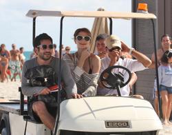http://img153.imagevenue.com/loc159/th_311750591_Mischa_Barton_Bikini_Candids_on_the_Beach_in_Miami_December_27_2011_087_122_159lo.jpg