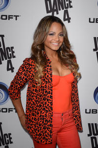 http://img153.imagevenue.com/loc241/th_310293254_ChristinaMilian_JustDance4Launch_4_122_241lo.jpg