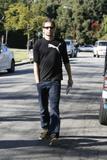 David em um almoço com um amigo no Avotre Sante em Brentwood - CA Th_42580_David_Duchovny_out_and_about_in_LA_CU_ISA_23_122_247lo