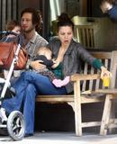 "Maggie Gyllenhaal From the Sidney Lumet tv film 'Strip Search'... Foto 106 (Мэгги Джилленхол От телевизора Сидни Люмет фильм ""Газ Поиск"" ... Фото 106)"