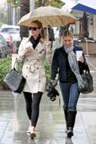 Nicky Hilton - Страница 2 Th_10962_celebrity-paradise.com-The_Elder-Nicky_Hilton_2010-01-22_-_shopping_in_Beverly_Hills_1108_122_764lo